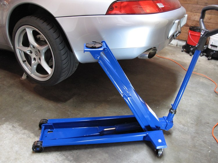 Floor Jack For Lowered Cars Flooring Ideas And Inspiration